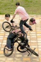 AARON HENDERSON bike composite
