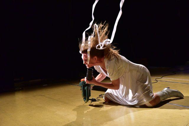 Jolanda Jansen, Paper Study #6a, Photo by Joacques Martens